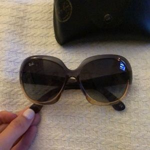 Ray Ban sunglasses. Case included. Gently worn